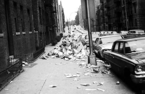 Anderson_Ave_garbage_strike_1968-1024x662